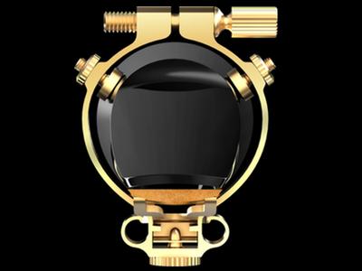 Ligature JLV vue de face avec bec de saxophone et anche