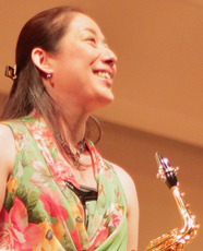 Asako INOUE Ambassadrice Ligature JLV pour saxophone