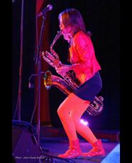 Céline BONACINA Ambassadrice Ligature JLV pour saxophone et clarinette