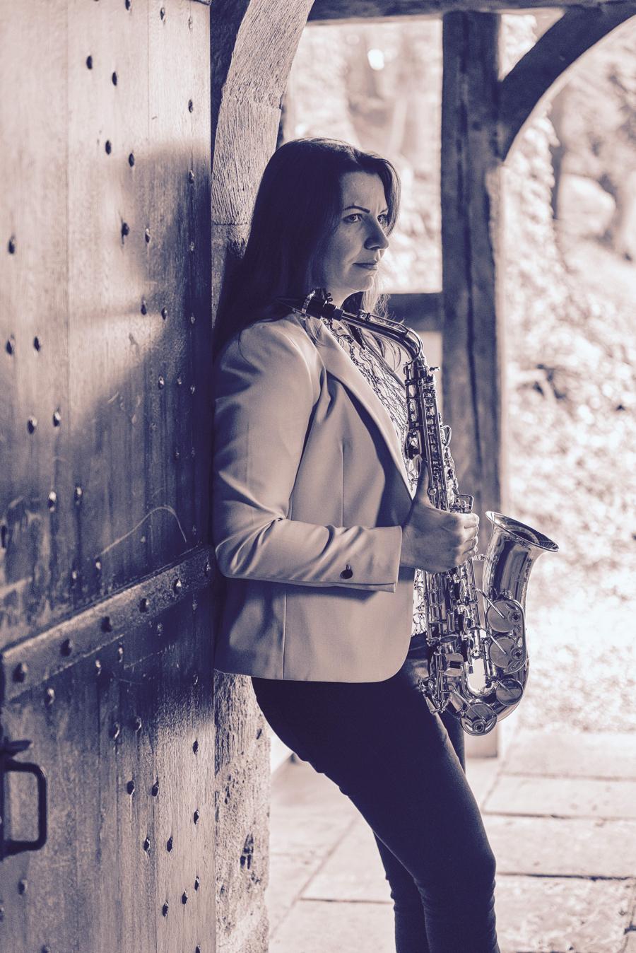 Véronique TARDIF Photo 3 - Ambassadrice Ligature JLV pour saxophone